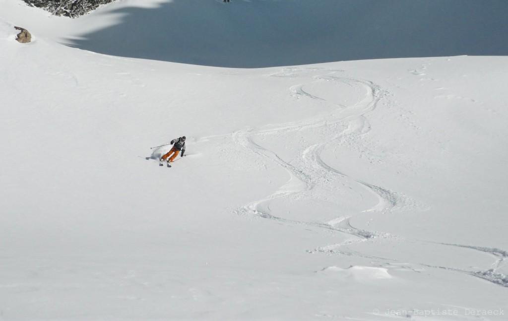 Olivier, toujours par t... ah non! Bizarre, la neige doit être bonne ;-)